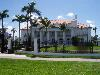 A slide show of the Henry Flagler Museum and the beautiful Breakers Hotel in Palm Beach, Fl